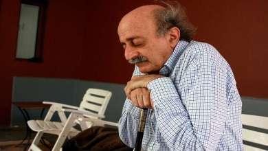 Photo of كيف عايد وليد جنبلاط اللبنانيين برأس السنة؟