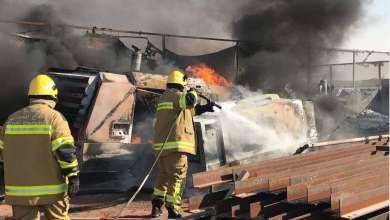 Photo of مدني أم القيوين يسيطر على حريق في مصنع بلاستيك