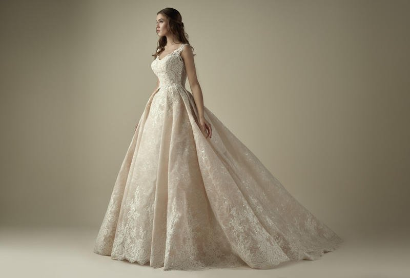 32fabedf4bdaa فساتين زفاف مطرزة لتتألقي يوم زفافك - عربي تريند
