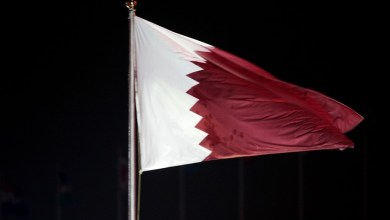 Photo of علم قطر يرفرف في السعودية قبيل انطلاق القمة العربية
