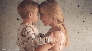 Photo of صورة إيفانكا مع ابنها تفجر غضب الأميركيين