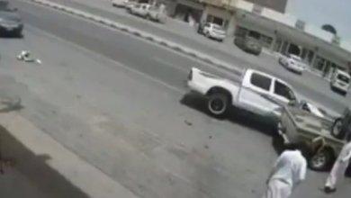 Photo of نجاة شاب من موت محقق بالطائف.. وفيديو يوثق الواقعة المثيرة