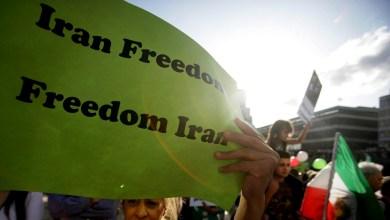 Photo of إيران تسجن 430 ألف مواطن سنوياً.. 50 شخصاً في الساعة!