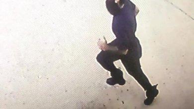 Photo of يستهدف النساء بأفعال فاضحة .. الكويت تبحث عن صاحب هذه الصورة