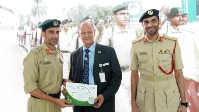 Photo of تكريم أول مصور تلفزيوني التحق بالعمل في شرطة دبي
