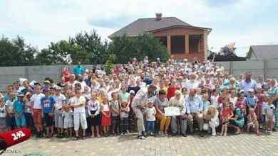 """Photo of أوكراني يستعد لدخول """"غينيس"""" بأكبر عائلة في العالم"""