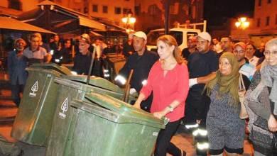 Photo of رئيسة بلدية تونس سعاد عبد الرحيم تثير جدلاً بعد مشاركتها في حملة تنظيف العاصمة