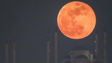 Photo of النظر لخسوف القمر هل هو آمن؟