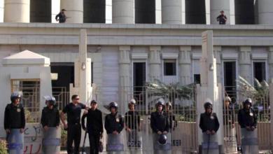 Photo of محكمة مصرية تقضي بإعدام 6 أشخاص دِينوا بقتل شرطي