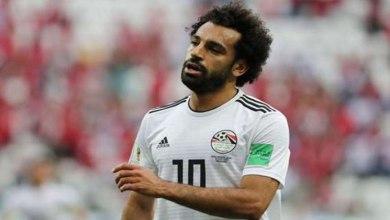 "Photo of مدرب مصر بعد اتصاله مع محمد صلاح: ""كان طمعان في الجائزة"""
