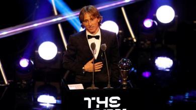 Photo of الكرواتي لوكا مودريتش يتوج بجائزة أفضل لاعب في العالم