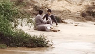 Photo of شجاعة شابّ سعودي تنقذ طالبًا من الغرق بمياه الوادي بالعارضة