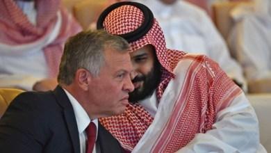 Photo of وفد أردني إلى السعودية لحل أزمة فلسطيني الجواز المؤقت