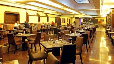 Photo of مطعم يقدم وجبات مجانية للمتضررين من …