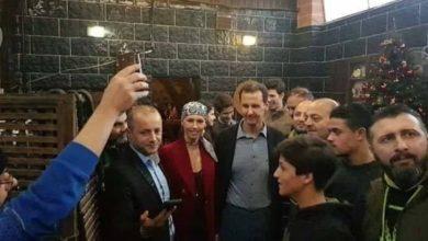 "Photo of ""كأنها تحولت لهيكل عظمي"".. صور صادمة لأسماء الأسد بعد إصابتها بالسرطان"