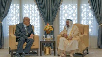 Photo of حاكم الشارقة يستقبل جراح القلب العالمي مجدي يعقوب