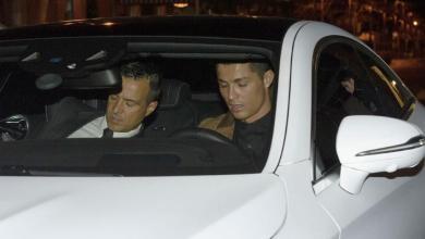 "Photo of رونالدو يرفض دخول المحكمة ""مشياً"" ويطلب استخدام سيارته"