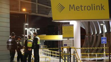 Photo of 3 إصابات طعناً بمحطة قطار في مانشستر.. والشرطة تحقق