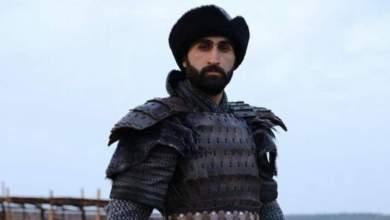 """Photo of بطل """"قيامة أرطغرل"""" يحتفل بزفافه بحضور أردوغان"""