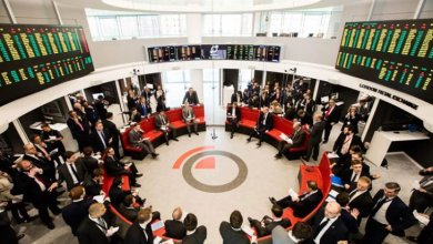 Photo of منع العاملين في بورصة بريطانية من شرب الكحول خلال النهار