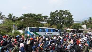 Photo of قبيل عيد الفطر.. مدن إندونيسيا الكبرى تفرغ من سكانها