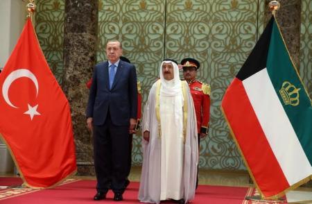 اردوغان يدعو لتطوير التعاون الاقتصادي مع دول الخليج