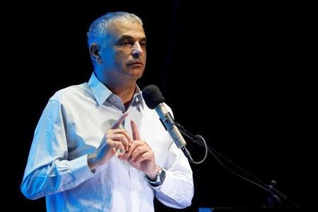 وزير المالية الإسرائيلي يعقد اجتماعاً نادراً في الضفة مع نظيره الفلسطيني