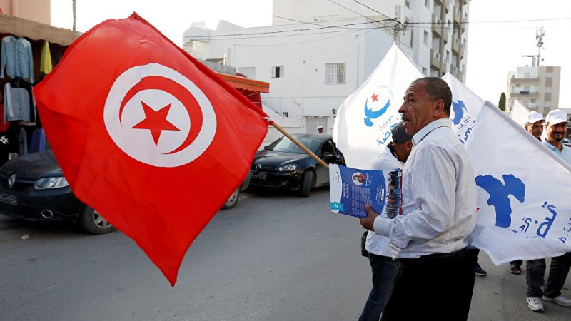 حصاد تسع سنوات من الثورة التونسية: الأزمات الداخلية