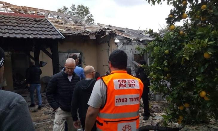 إصابة 7 إسرائيليين في قصف صاروخي على تل أبيب