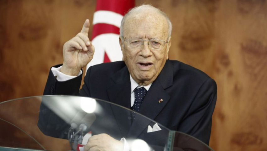 السبسي يرفض استئثار رئيس الحكومة بالسلطة