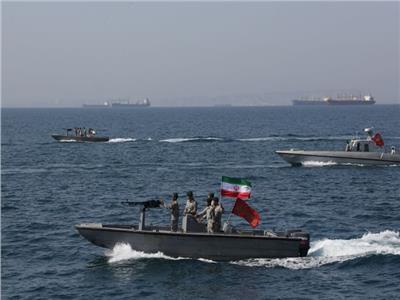 برس تي.في: إيران تنشر مدمرة بحرية لحماية سفنها في خليج عدن