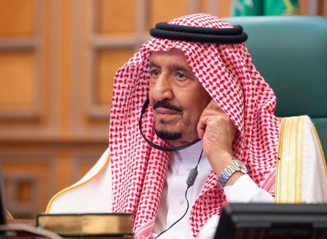 العاهل السعودي يعرض علاج مرضى فيروس كورونا بالمملكة مجانا