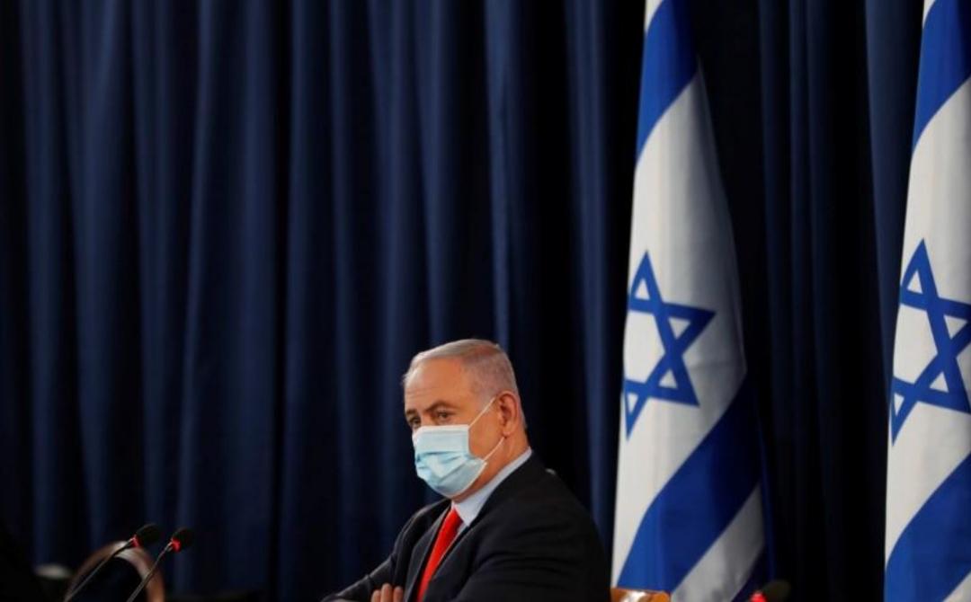هآرتس: نتنياهو الفوضوي يجب أن يرحل