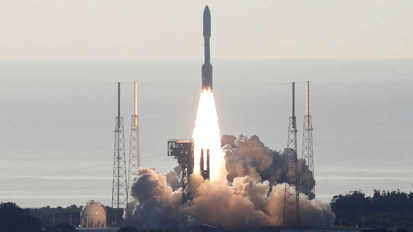 """""""ناسا"""" تطلق مسبار """"برسفيرنس"""" إلى المريخ"""