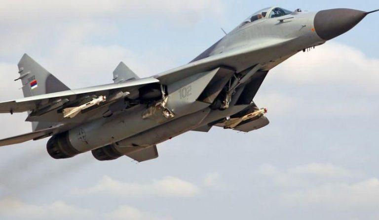 مقاتلة روسية تعترض طائرة نروجية اخترقت الحدود الروسية