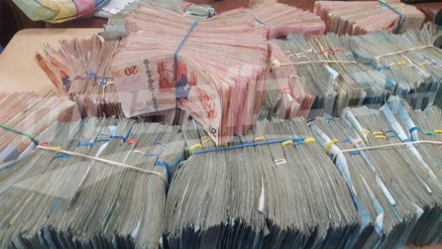 سويسرا تعيد 3.5 مليون دينار إلى تونس
