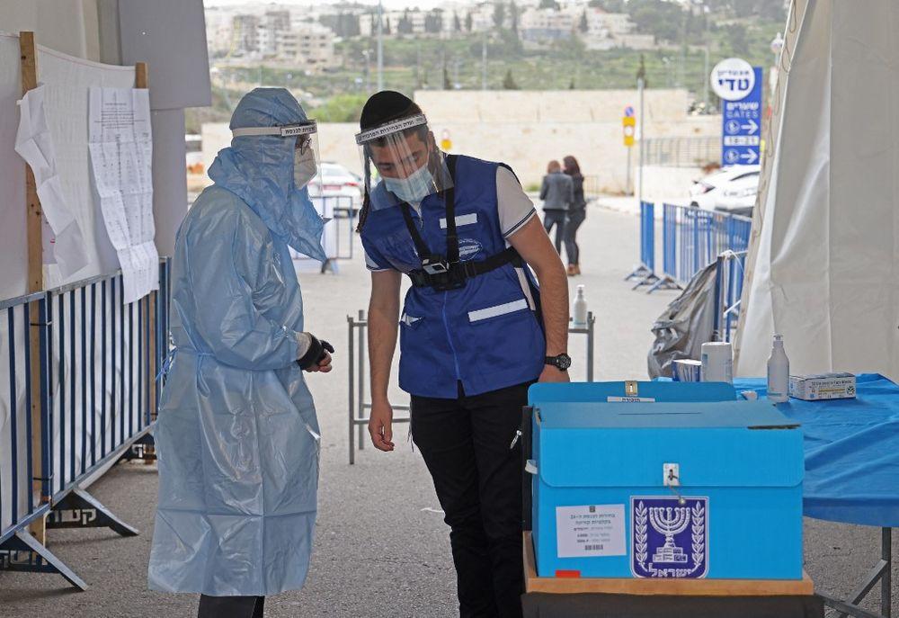 الإسرائيليون يتوجهون إلى صناديق الاقتراع للمرة الرابعة خلال عامين