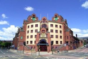 tribunale di Leeds