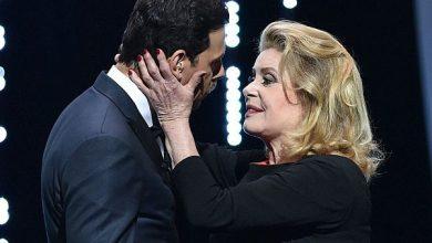 Photo of الممثلة الفرنسية كاترين دينوف: مغازلة النساء حق للرجال