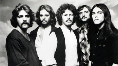 """Photo of بعد 42 عاما من صدوره .. ألبوم ل """" إيجلز """" الأكثر مبيعا في الولايات المتحدة"""
