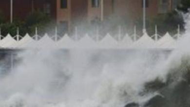 """Photo of """" فلورنس """" يتسبب في إجلاء مئات الآلاف من المواطنين في أميركا"""