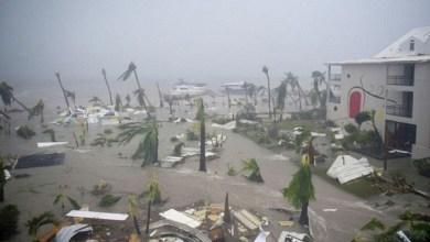 Photo of الإعصار مايكل : 26 قتيلا حتى الآن .. والبحث عن مفقودين
