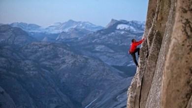 """Photo of الأكاديمية البريطانية للأفلام : متسلق الصخور """" فري سولو """" أفضل فيلم وثائقي"""