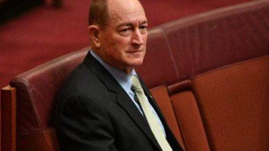 Photo of أستراليا : مئات الآلاف يطالبون بطرد النائب العنصري من البرلمان