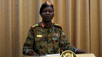 Photo of المجلس العسكري في السودان يجمد النقابات والاتحادات المهنية