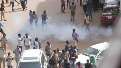 Photo of السودان: قتلى في مواجهات بين الأمن ومتظاهرين والمجلس العسكري يحذر من الفوضى