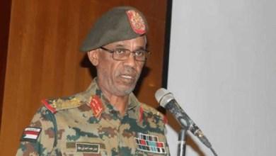Photo of الجيش السوداني : اعتقال البشير وتشكيل مجلس انتقالي لمدة عامين