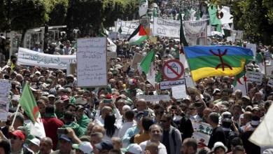 Photo of الجزائر- شخصيات سياسية مستقلة تطالب الجيش بالحوار وسط دعوات رافضة للانتخابات