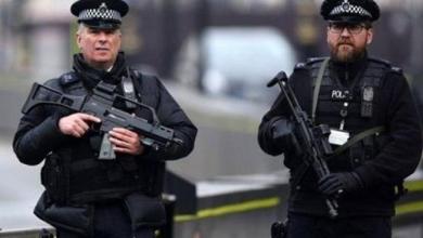 "Photo of الشرطة البريطانية تعتقل شخصًا بعد العثور على جسم ""مريب"""