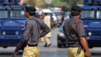 Photo of مقتل شرطي وإصابة اثنين بهجوم مسلح جنوب غرب باكستان